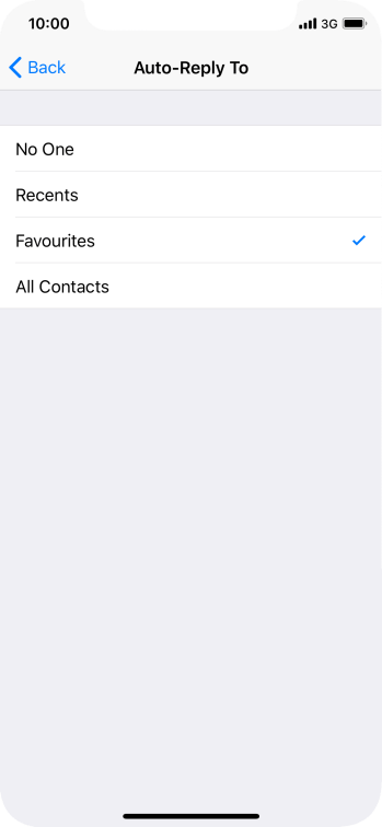 Press the required setting to select which contacts should automatically be notified that Do Not Disturb While Driving is turned on.